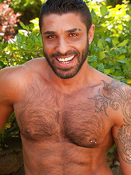Hot muscle hunk from italy - Raul Korso