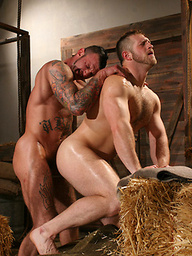 Muscle guys Paul Wagner and Ricky Sinz fucking
