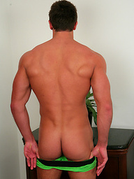 Big Uncut Stud Drew Daniels gets Massaged & Receives his First Hand Job from a Guy