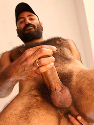 Very Hairy Man - Mikel