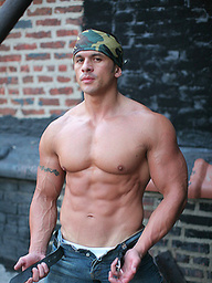 Straight Latin Muscle Man Nude: Spike Cruz