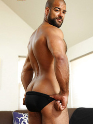 Hairy muscle bear Roman Wright