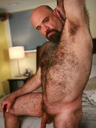 Mature bear Nic shows his uncut dick