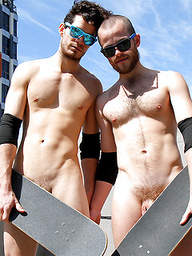 Australian mates Jet and Jay - Naked and fucking in the city