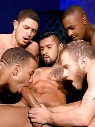 Five muscle men fucking