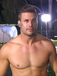 Ruggerbugger have images of Aussie rugby player Beau Ryan stark naked with his pert athletic ass on show!