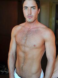 Hot brunette guy Tyler posing naked