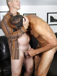 Mature men Jay Taylor and Jack Hartford fuck