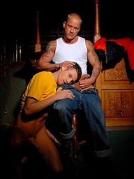 Muscled dudes Tattoo Junior and James Jones fucking