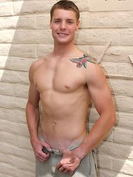 Muscle stud Kent