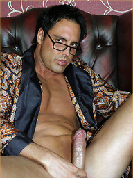 Marcello can't help but wank his hard dick before going to bed