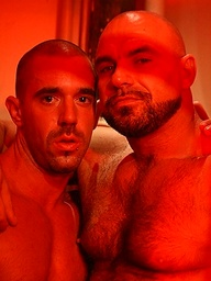 Red. Hunk blowing his hairy bud