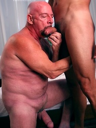 Mature 69 - Chuck and Caio