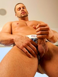Hot muscle jock Taylor loves jerkin his huge cock