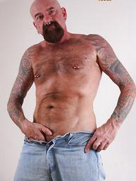Bald hairy bear Tex Madux naked