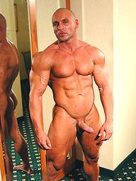 Pro bodybuilder Yakov