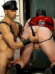 Karsten Richter and Nick Forte - pig play