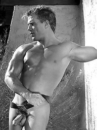 Cute muscled stud shows his perfect body