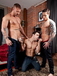 Muscle hunks Austin, Chris & Jordan goes threesome